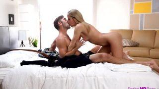 Take It Off Teen Porn With Jessa Rhodes